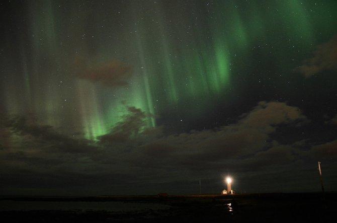 Grotta_northern lights_1