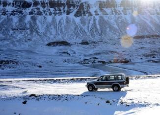 Mitsubishi Pajero in snowy landscape