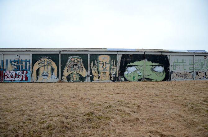 Faces graffiti-Reykjavik-2015